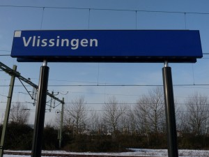 Station-Vlissingen-0118-Stationsbord